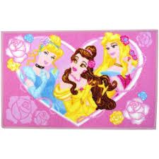 tapis chambre enfants disney tapis disney princesse chambre enfant jeux sortie de lit
