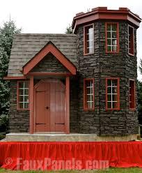 Backyard Playhouse Plans by Best 25 Castle Playhouse Ideas On Pinterest Playground Ideas