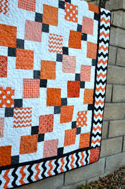 halloween color background best 25 halloween quilts ideas on pinterest halloween quilt