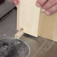 building a shop made table saw dovetail sled jig free