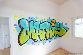 tag chambre chambre déco graffiti prénom en graff et trompe l oeil au spray