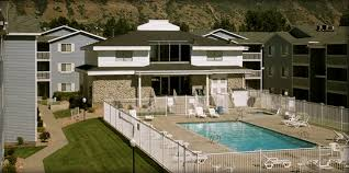 byu and uvu housing in provo carriage cove apartments