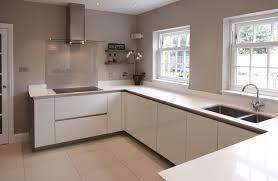 beautiful white gloss kitchen no handles taste