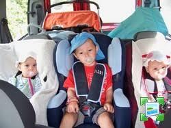 voiture 3 sièges bébé 3 siege auto scenic 2 auto voiture pneu idée