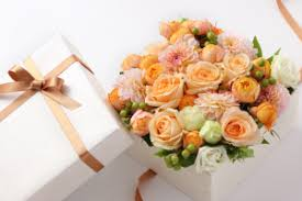 cheap flowers delivered cheap flowers by post free uk delivery serenata flowers