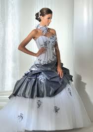 robe de mariã e grise et blanche robe colorée et originale robes de mariée mariage