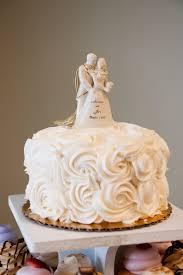 single tier wedding cake u2013 your photos weddingbee