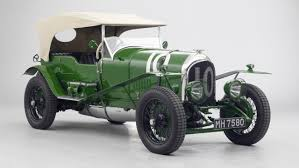 bentley racing green bentley u0027s first le mans racer on display at london show