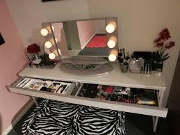 broadway lighted vanity makeup desk makeup vanity broadway lightedy mirror table top and nightstand