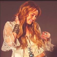 miley cyrus 68 wallpapers 227 best miley cyrus images on pinterest miley cyrus boho