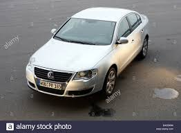 silver volkswagen passat car vw volkswagen passat 2 0 tdi dsg model year 2004 silver