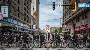Free Hug Guy Republican Convention Diary Riot Gear And Hugs In Cleveland Wired
