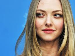 amanda seyfried desktop wallpapers desktop wallpapers with color 3399ff page 3