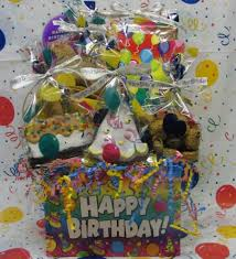birthday gift basket dog gift baskets gourmet treats bowwowgiftbasket
