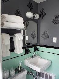 Vintage Bathroom Decor Ideas by 22 Best Retro Decorating Images On Pinterest Bathroom Ideas