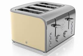 Toaster Retro Swan Retro St17010 4 Slice Toaster Review Trusted Reviews