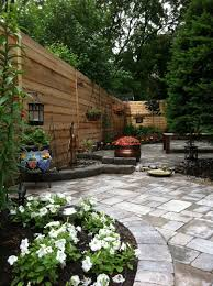 amazing garden in backyard desaign ideas with green lawn grass and
