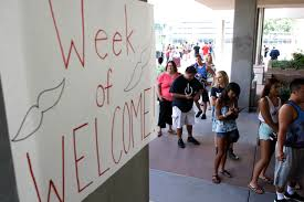 Unlv Dorm Rooms - unlv freshmen spend wednesday moving in u2013 las vegas review journal