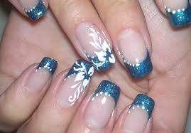 nail art simple and elegant video tutorial white flower on blue