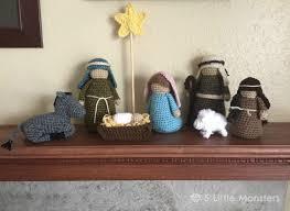 5 monsters crocheted nativity set
