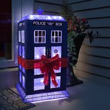 doctor who 3d lighted tardis lawn décor thinkgeek