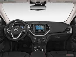 Jeep Overland Interior 2017 Jeep Cherokee Overland 4x4 Specs And Features U S News