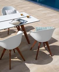 Dining Tables And Chairs Adelaide A Customizable Dining Set For Outdoor Living Boconcept