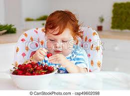 cuisine bébé mignon nourrisson séance doux dégustation chaise haute