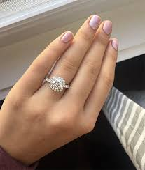 country engagement rings country kelsea ballerini s new engagement ring is classic