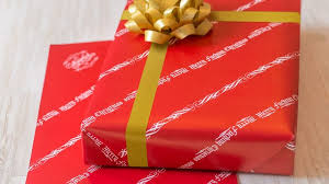 How To Gift Wrap A Present - how to gift wrap a dog for christmas