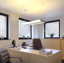 plafonnier neon bureau plafonnier neon bureau lacclairage du bureau plafonnier neon pour