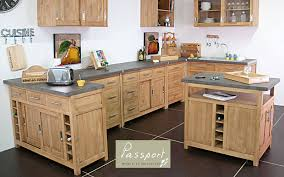 meuble de cuisine en pin meuble de cuisine en bois trendy peinture bois meuble cuisine