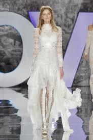 wedding dress high 20 high low wedding dresses from bridal fashion week brides