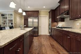 kitchen floor ideas with cabinets best kitchen flooring ideas with oak cabinets oak floors with