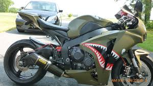 beautiful paint job on this cbr1000rr motorcycles of all kinds