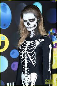 grunge halloween costume dylan penn u0026 ashley madekwe bring grunge u0026 glam to just jared u0027s