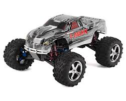 nitro rc monster trucks traxxas t maxx 3 3 4wd rtr nitro monster truck white tra49077 3