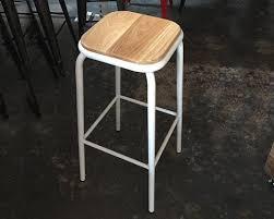 White Metal Bar Stool Bar Tables U0026 Stools U2013 Vintage Meets Modern