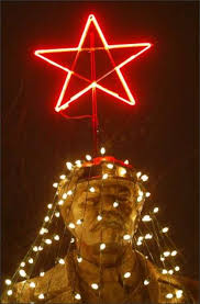 lenin is the star attraction at an only in fremont holiday