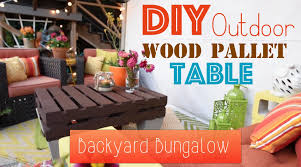 how to diy an outdoor wood pallet table backyard bungalow youtube