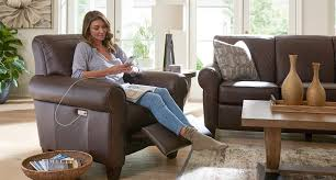 recliners that do not look like recliners duo by la z boy recliners that don t look like recliners