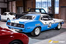 Redline Muscle Cars - remastering antiquated automotive rarities at redline restorations