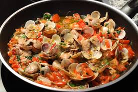 cuisiner des palourdes cuisson de palourdes photo stock image du tomate délicieux 10194186