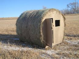Elevated Bow Hunting Blinds Prairie Hunting Blinds Round Hay Bale Blind For Hunting
