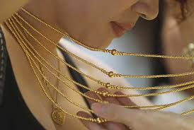 7 factors that will decide gold s price this year rediff