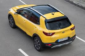 kia stonic is an eye catching and confident compact crossover with