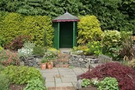 kleiner garten gestalten kleine gärten harmonisch gestalten mein schöner garten