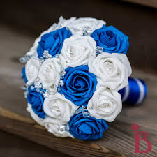 wedding flowers blue and white brides bouquets white blue 的圖片搜尋結果 brides bouquets
