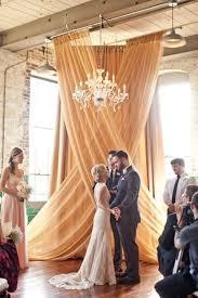 Wedding Backdrop Gold 50 Awesome Indoor Wedding Ceremony Backdrops Happywedd Com I