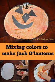 learning about color mixing with an easy preschool pumpkin craft